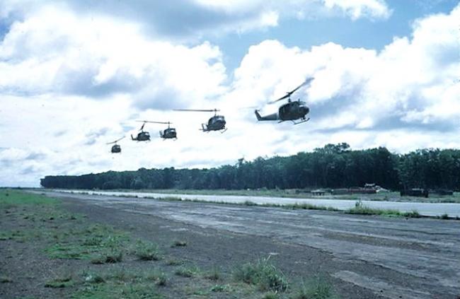 Kỷ Niệm Với Phi Đoàn Lôi Vân 231 - Ninh Pham