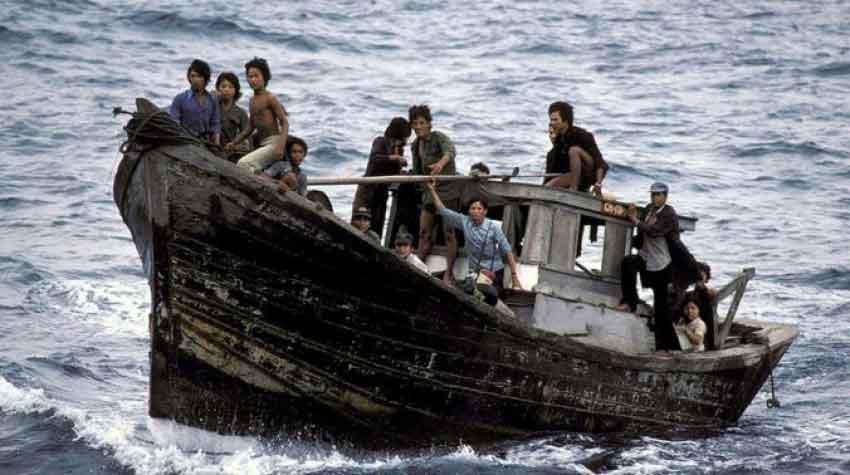 Một Chuyến Vượt Biển Không Có Tài Công - Phùng Nhân
