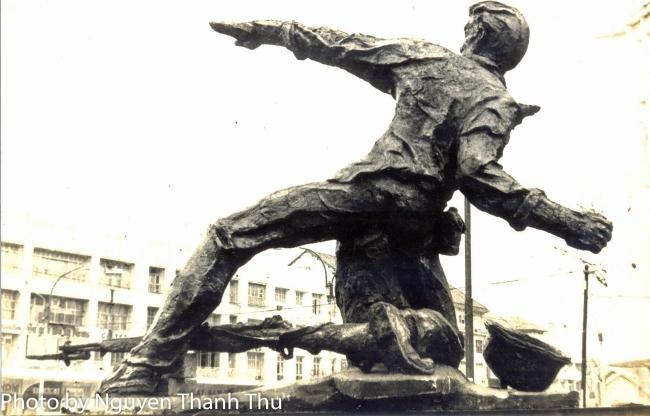 Câu chuyện xúc động về tác giả bức tượng Thương Tiếc - NGUYỄN TUẤN KHOA