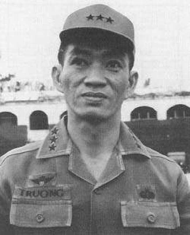 Vị Tướng Của Mùa Hè Đỏ Lửa Năm 1972 - Nguyễn Kỳ Phong