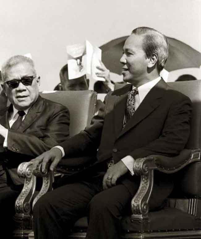 Cuộc ra đi lầm lũi của một Tổng Thống - Quốc Việt