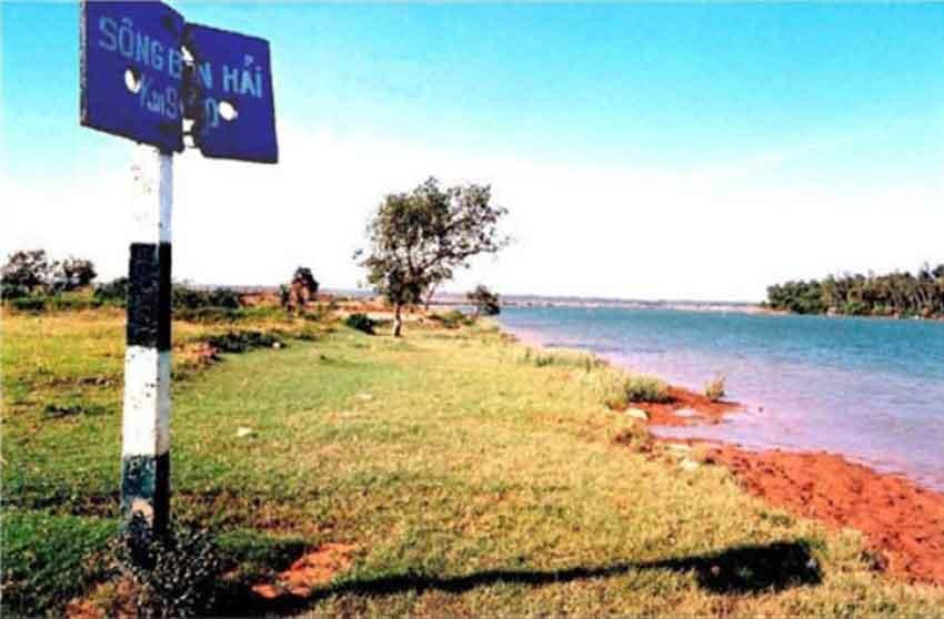 Sông Bến Hải - Phạm Hữu Trác