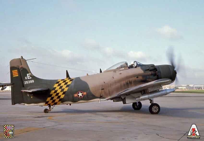 A-1H SKYRAIDER - Tarin65
