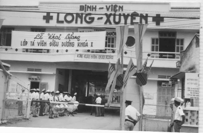 Một Y Sĩ Hải Quân đi tù Cải Tạo tại miền Bắc Xã hội Chủ nghĩa - Nguyễn vĩnh Bình